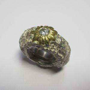 """""""Lava"""" – Silber, Gold, Brillant – sieht jemand ein Edelweiß?"""